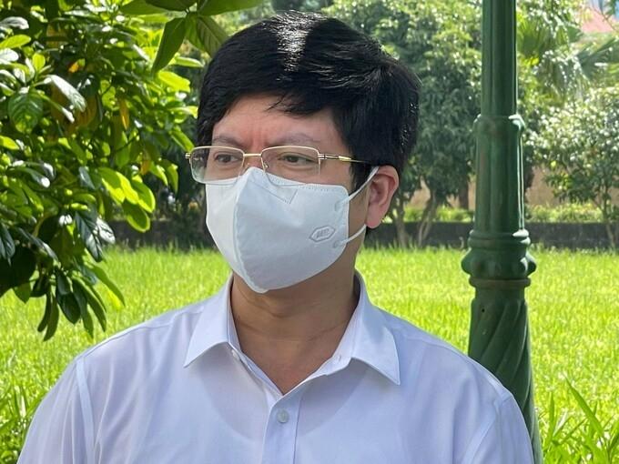 """Bệnh nhân trẻ """"phổi mờ trắng sau vài ngày có triệu chứng Covid-19"""""""