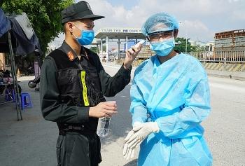 Người dân được phép qua lại TP HCM và Đồng Nai