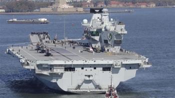 Philippines hoan nghênh tàu chiến Anh tới Biển Đông