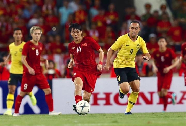 HLV Malaysia ám ảnh thua tuyển Việt Nam, lo Park Hang Seo chơi tâm lý chiến - 2