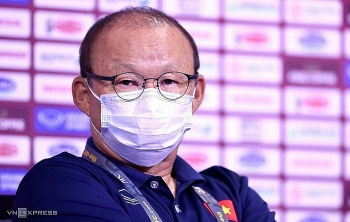 """HLV Park: """"Dồn toàn lực cho trận Malaysia"""""""