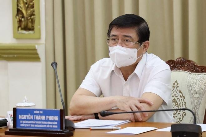 Chủ tịch quận Gò Vấp: Giãn cách 15 ngày là đủ, người dân cũng khó khăn lắm rồi - 2