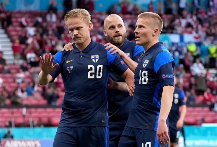 Kết quả EURO 2020: Eriksen đột quỵ, Đan Mạch thua sốc Phần Lan
