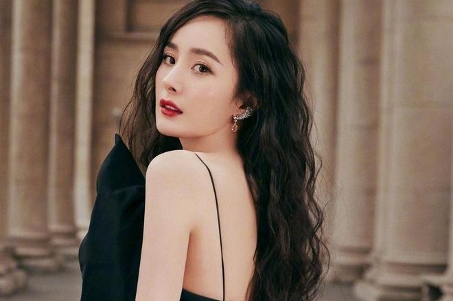 Dương Mịch 'chết mê' Tạ Đình Phong, không ngờ có ngày ngồi lên vai thần tượng - 6