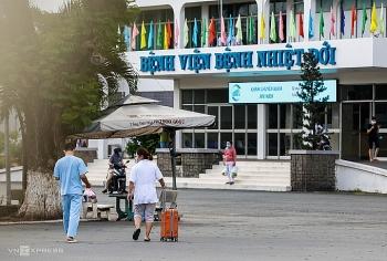Thêm 31 nhân viên Bệnh viện Bệnh Nhiệt đới TP HCM nghi Covid-19