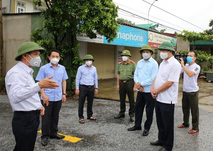 Thêm 4 người dương tính SARS-CoV-2 ở Hà Tĩnh - 1