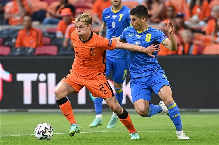 Cuốn phăng Ukraine, 'cơn lốc' Hà Lan thách thức mọi đối thủ tại EURO 2020  - 5