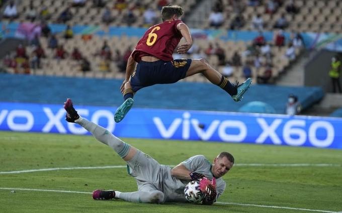 Tây Ban Nha ra quân nhạt nhoà ở Euro 2020