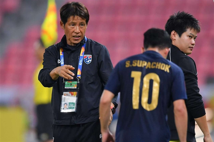 Thua thảm ở vòng loại World Cup, bóng đá Thái Lan khủng hoảng - 5