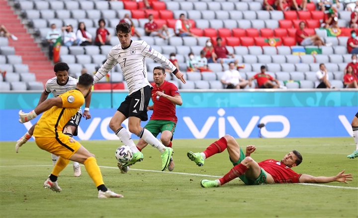 Tuyển Đức đè bẹp Bồ Đào Nha, phá tan màn trình diễn chói sáng của Ronaldo - 2