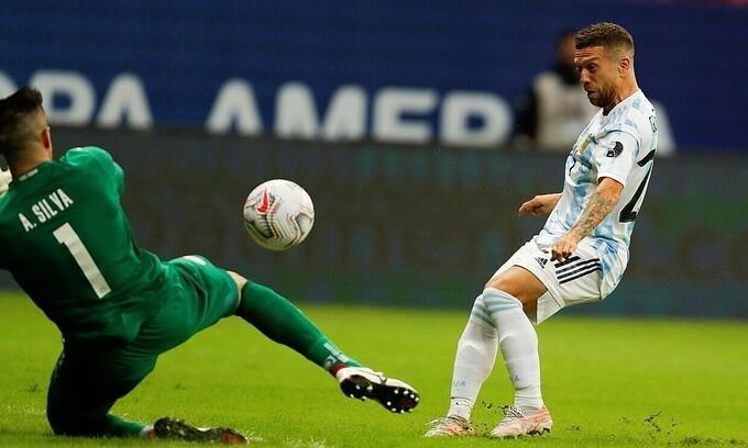 Argentina vào tứ kết Copa America