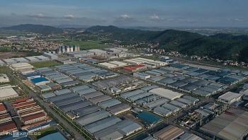 Bắc Giang đưa công nhân ngoài tỉnh trở lại làm việc