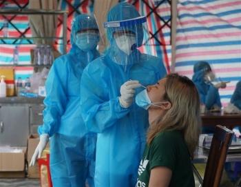 TP.HCM: 50 người trong một hẻm tại quận 4 nghi mắc COVID-19
