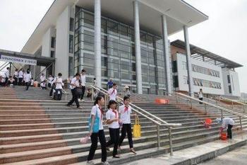 Công bố điểm chuẩn thi lớp 10 chuyên Hà Nội 2021