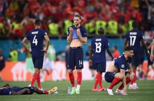 Dẫn 3-1 rồi thua luân lưu 11m, Pháp rơi nước mắt rời EURO 2020