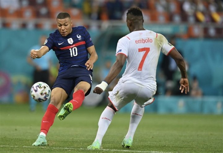 Dẫn 3-1 rồi thua luân lưu 11m, Pháp rơi nước mắt rời EURO 2020 - 2