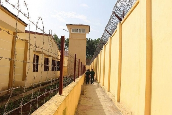 TP.HCM: 3 cán bộ nhiễm SARS-CoV-2, trại tạm giam Chí Hòa tìm người liên quan