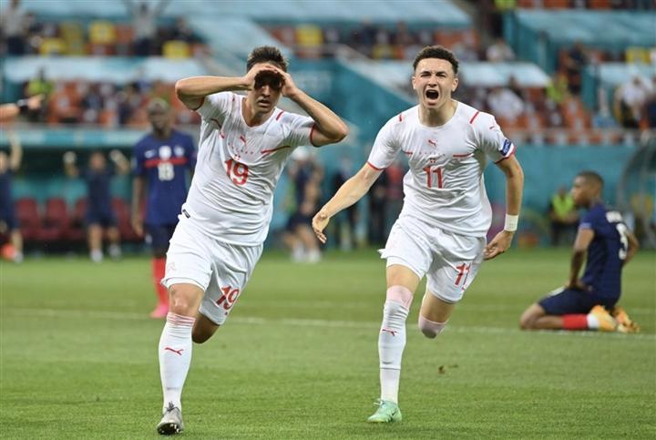Dẫn 3-1 rồi thua luân lưu 11m, Pháp rơi nước mắt rời EURO 2020 - 4