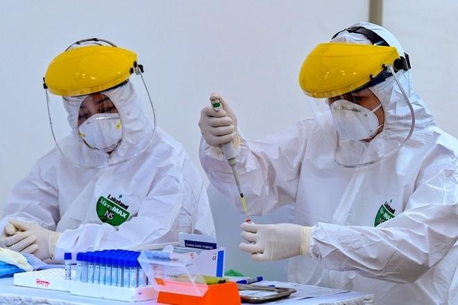 TP.HCM phân bổ 80.000 bộ xét nghiệm nhanh do Bộ Y tế chi viện thế nào? - 1