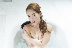 4 hoa hau phim 18 hong kong nguoi doi doi nho lay dai gia ke 3 lan do
