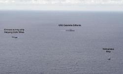 Cảnh tượng hiếm khi tàu Mỹ, Trung Quốc, Việt Nam ở gần nhau trên Biển Đông
