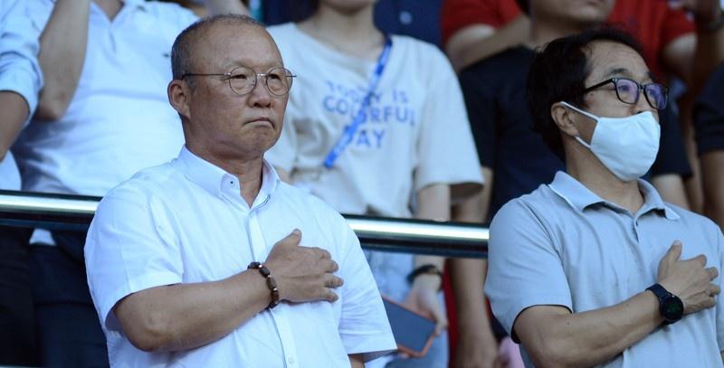 hlv park hang seo du khan tran dau nong nhat vong 8 v league 2020
