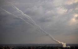 Israel không kích Dải Gaza, nhằm vào