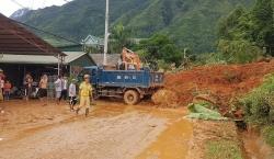 Tiếp tục sạt lở quốc lộ 32, chia cắt Lai Châu với Yên Bái và Sơn La