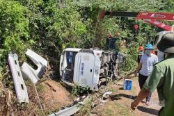 Tai nạn thảm khốc ở Quảng Bình: Xe mất phanh rồi lật khi đang đổ dốc