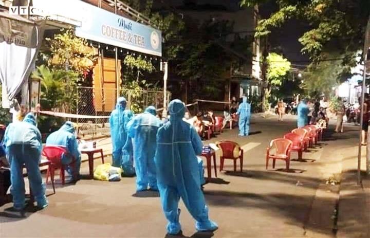 2 con gái của chủ cơ sở nha khoa ở Đà Nẵng dương tính SARS-CoV-2 - 1