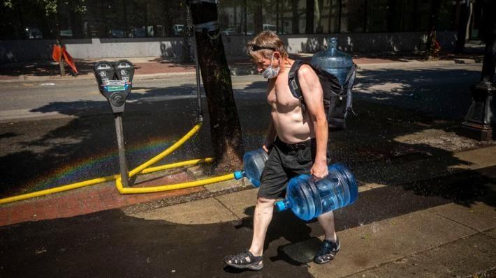 Hơn 700 người chết trong đợt nóng kinh hoàng ở Canada