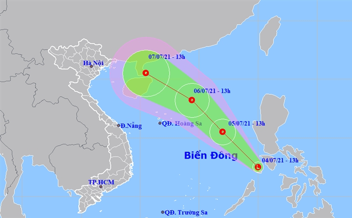 Áp thấp nhiệt đới đang hình thành trên Biển Đông - 1