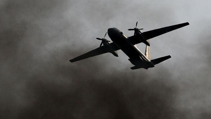 Máy bay Nga chở 28 người mất tích được xác định lao xuống biển - 1