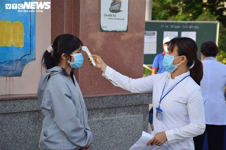 Hủy 2 điểm thi do COVID-19, 772 thí sinh ở Phú Yên tạm dừng thi tốt nghiệp THPT - 1