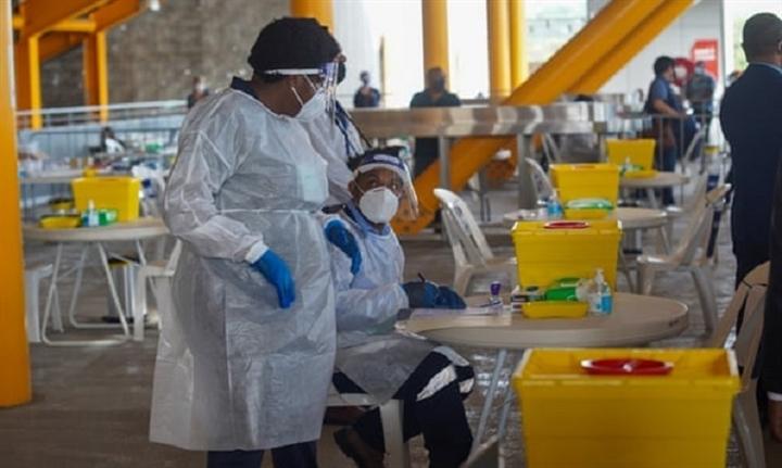 Australia - Trung Quốc tranh cãi việc cung cấp vaccine cho đảo quốc 9 triệu dân - 1
