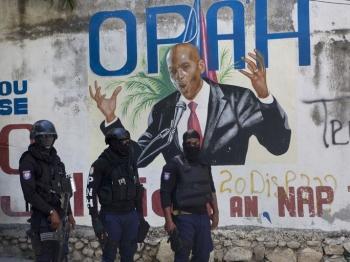 Con gái Tổng thống Haiti thoát chết trong vụ ám sát
