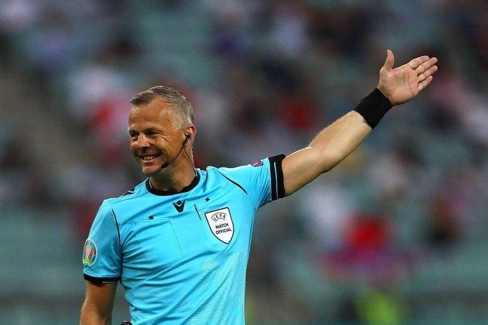 Trọng tài chung kết EURO 2020: Triệu phú Hà Lan mang vận may cho tuyển Anh - 1