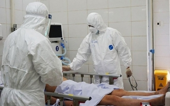 Thêm 5 bệnh nhân COVID-19 qua đời, có người không ghi nhận bệnh lý nền