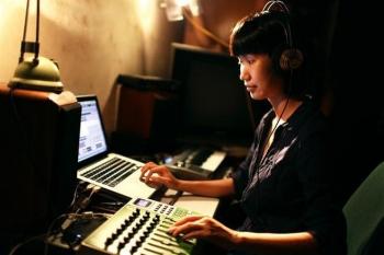 Ở nhà chống dịch, nghe hòa nhạc trực tuyến từ 4 quốc gia trên thế giới