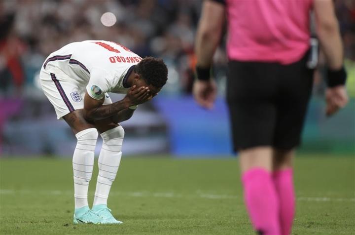 HLV Southgate chọn sai người đá 11m, Anh rơi nước mắt nhìn Italy vô địch EURO - 2