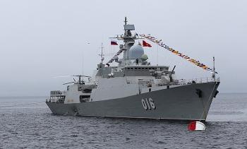 Tàu hộ vệ Việt Nam khởi hành đến Nga thi đấu Army Games