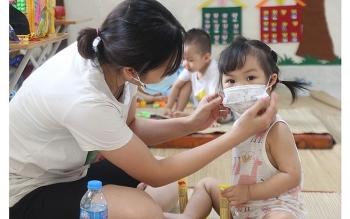 Chăm sóc trẻ em như nào khi dịch bệnh bùng phát