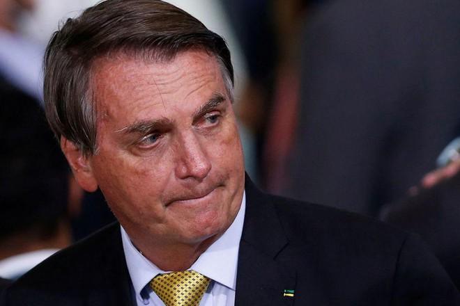"""""""Cơn ác mộng"""" của Tổng thống Brazil Bolsonaro ảnh 1"""
