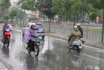 Thời tiết ngày 18/7: Cả nước mưa rào và dông, đề phòng  lốc xoáy