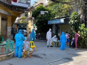 Chiều 18-7, Hà Nội thêm 7 ca dương tính, có 5 người trong một gia đình ở Tân Mai