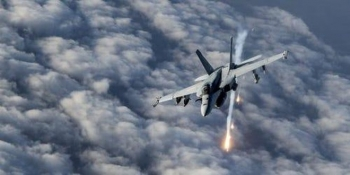 """Mỹ không kích phá hủy """"chiến lợi phẩm"""" thiết bị quân sự của Taliban"""