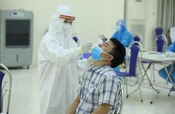 Thêm 10 người Hà Nội dương tính SARS-CoV-2