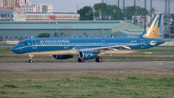 Hủy nhiều chuyến bay từ TP HCM về Hà Nội vì thiếu chỗ cách ly
