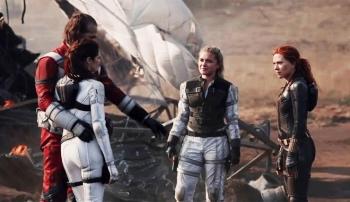 Black Widow: Màn độc diễn quyến rũ của Scarlett Johansson