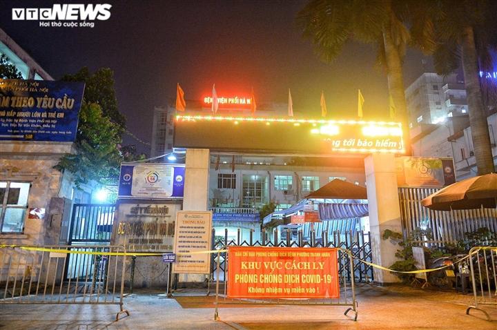 14 ca dương tính SARS-CoV-2 ở Bệnh viện Phổi Hà Nội - 1